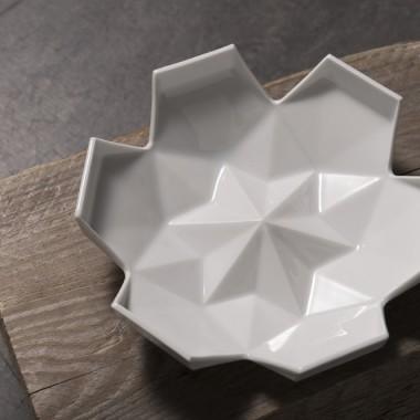 Lilia porcelain